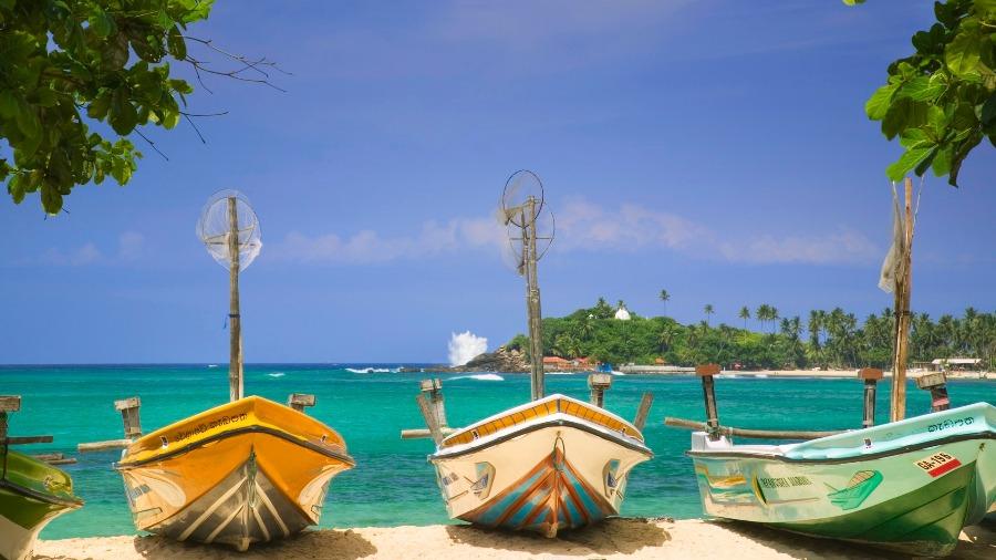 srilanka_beach1.jpg